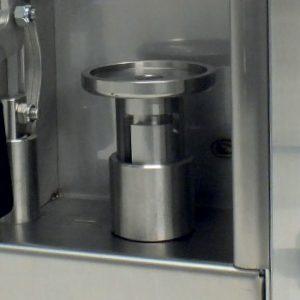 AeroColour E, Aerosol Can Filling Machine